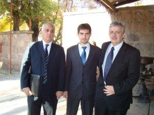 El Ing Schiavi y el asesor letrado de ADIF con presidente de Ferrotur Trasandino, M. Spinello
